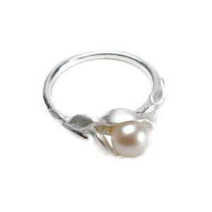 925 Sterling Silber Ring verziert mit Süßwasserperle