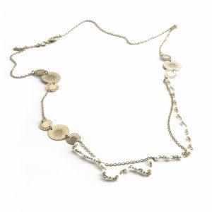 Vergoldete Halskette mit Perlen